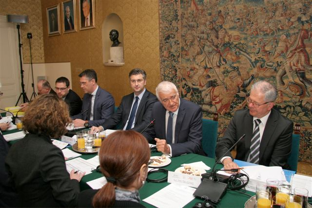 Policy makers debate in Zagreb
